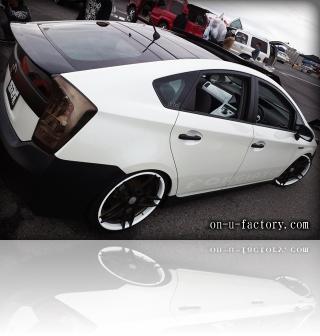 TOYOTA Prius トヨタ プリウス デモカー テール <京都カスタム・カー・オーディオ オンユーファクトリー>