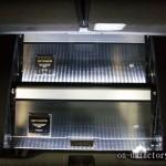 オデッセイ ラゲッジインストール:アンプラック(2機) LED電飾