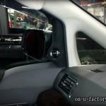 トヨタ アルファード・ヴェルファイア ドア ミラー裏 ツィーター埋め込み:パイオニアカロッツェリア アルカンターラ仕上げ