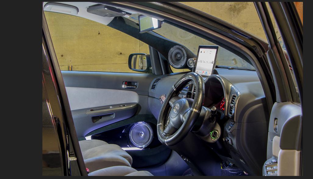カスタム カー オーディオ オンユーファクトリー トヨタWISH アップル Apple iPad 埋め込みスタンド(脱着可能)フロントドア:パイオニアpioneer TS-M1RS、Aピラー:pionner TS-T10RS TS-M10RS