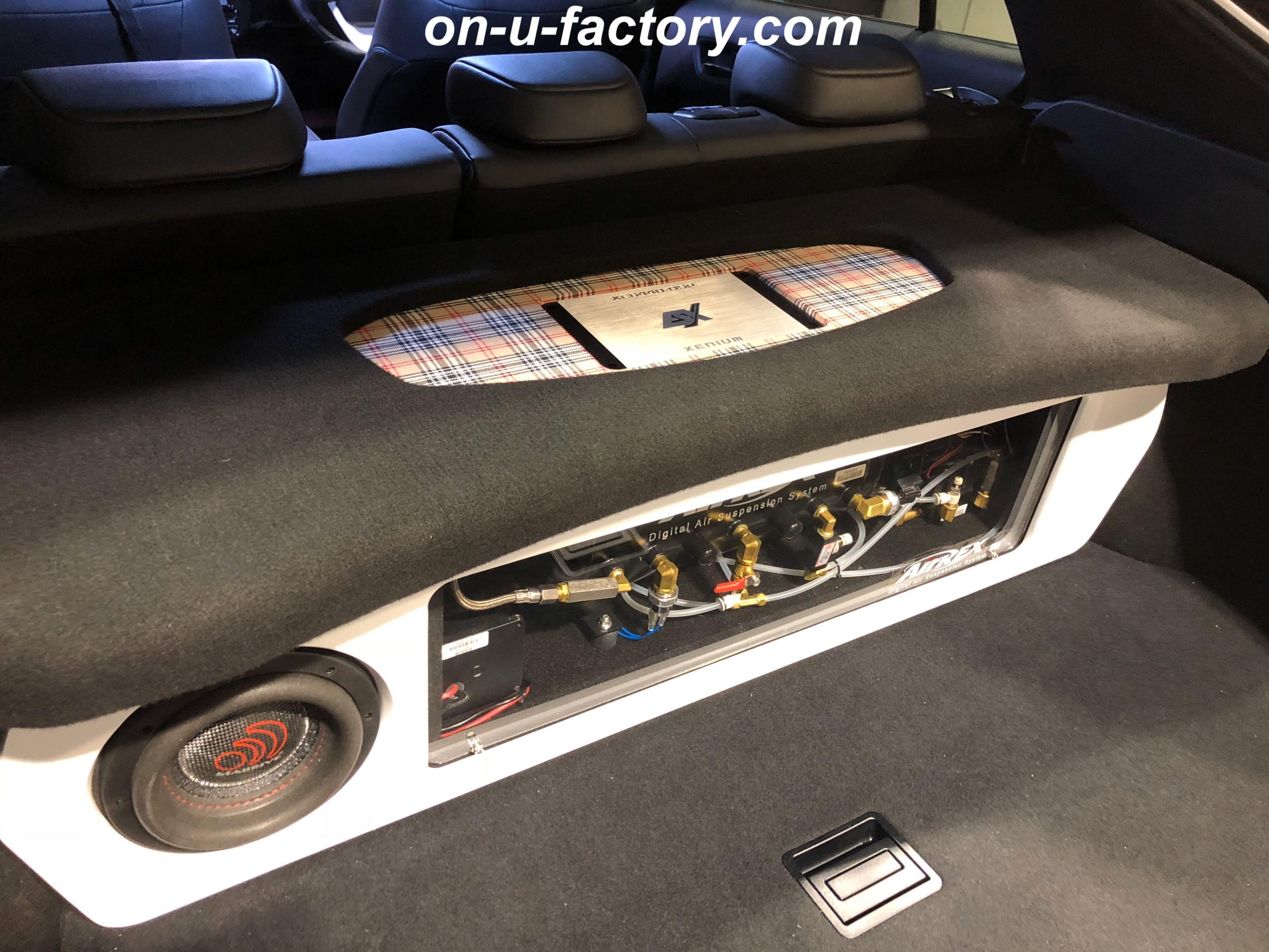 50プリウス 50PRIUS オンユーファクトリー onufactory PHD MASSIVEAUDIO ESXAUDIO アウターバッフル スラントバッフル ダブルミッド ツイーターマウント ウーファーボックス カスタムカーオーディオ オーディオカスタム オーディオインストール カーオーディオカスタム